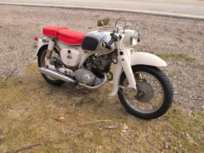 1965-Honda-Dream-150