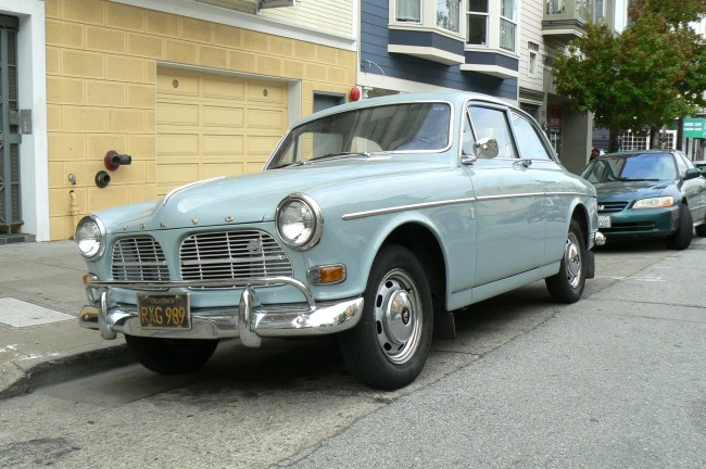 Swedish Amason: '66 Volvo 122S | Mint2Me