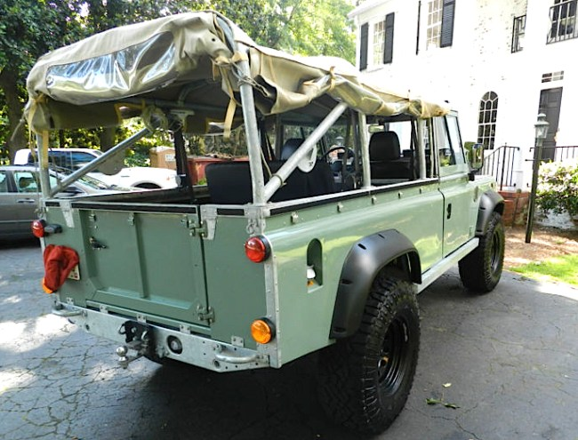 67 Land Rover Defender