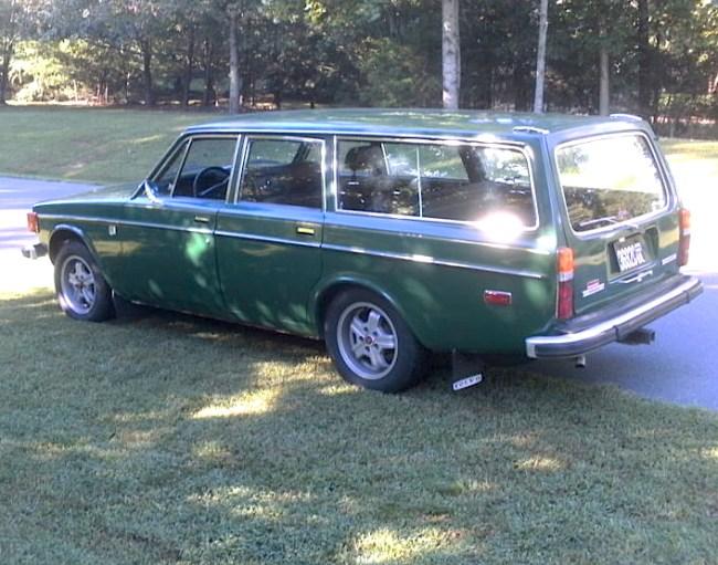 73 Volvo 145 Wagon