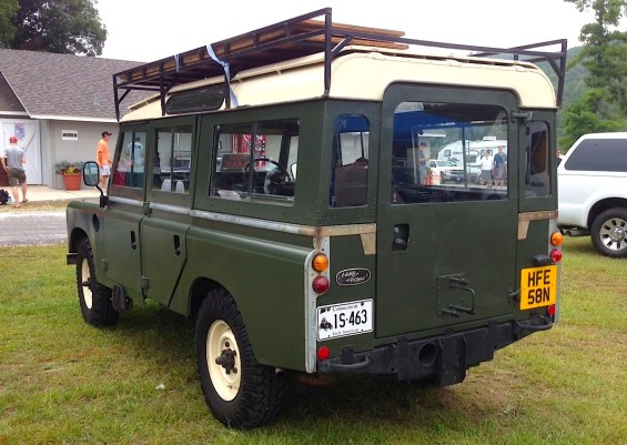 Land Rover re