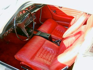 1972 Volvo 1800S int