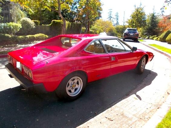 1975 Ferrari 308 GT4 int