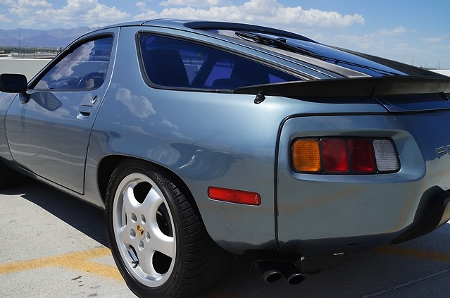928 left rear quarter