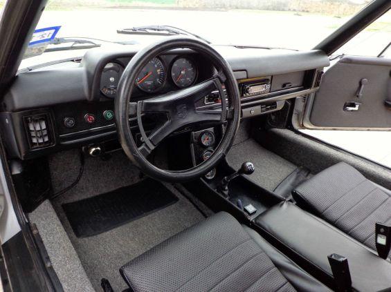 74 Porsche 914 int