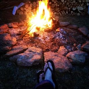 Spring Bonfire | via Mintgrapefruit.com