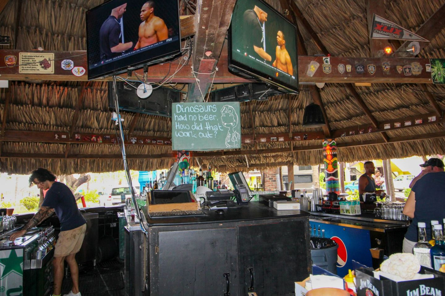 Moomba Beach Bar in Aruba