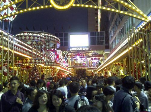 Harbour City, Tsim Tsa Tsiu....the week before christmas 2012