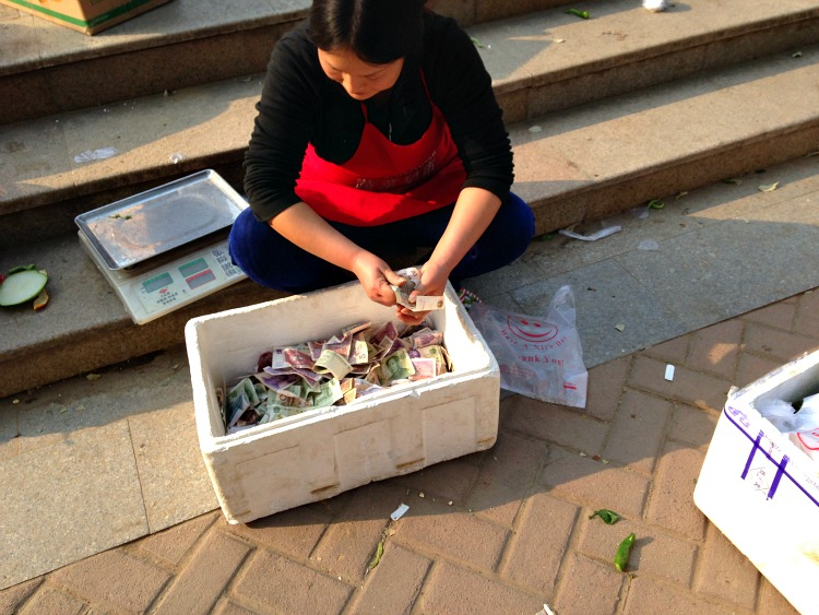 China: No need for a cash register...this will do! #XianScenes #MarketDays #China