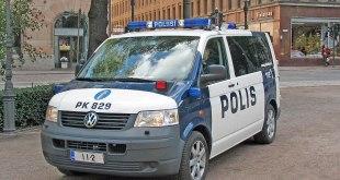 1200px Helsinki police car