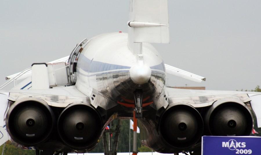 Els potents motors del model rus Túpolev Tu-144, vistos des de darrera. / Carlos Menendez San Juan