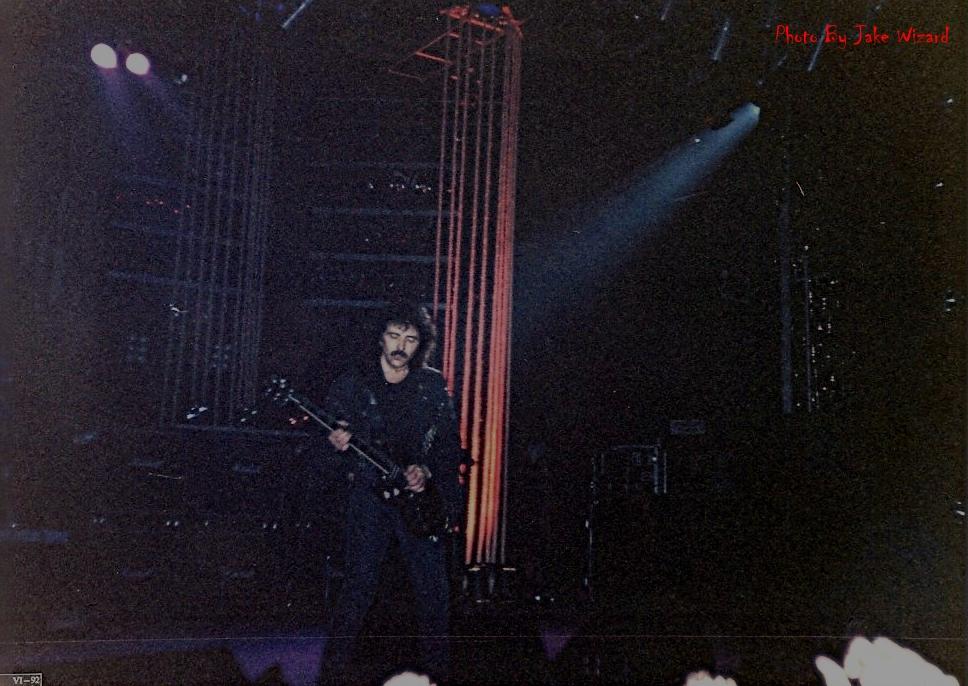 black-sabbath_1992_sp_brazil_05