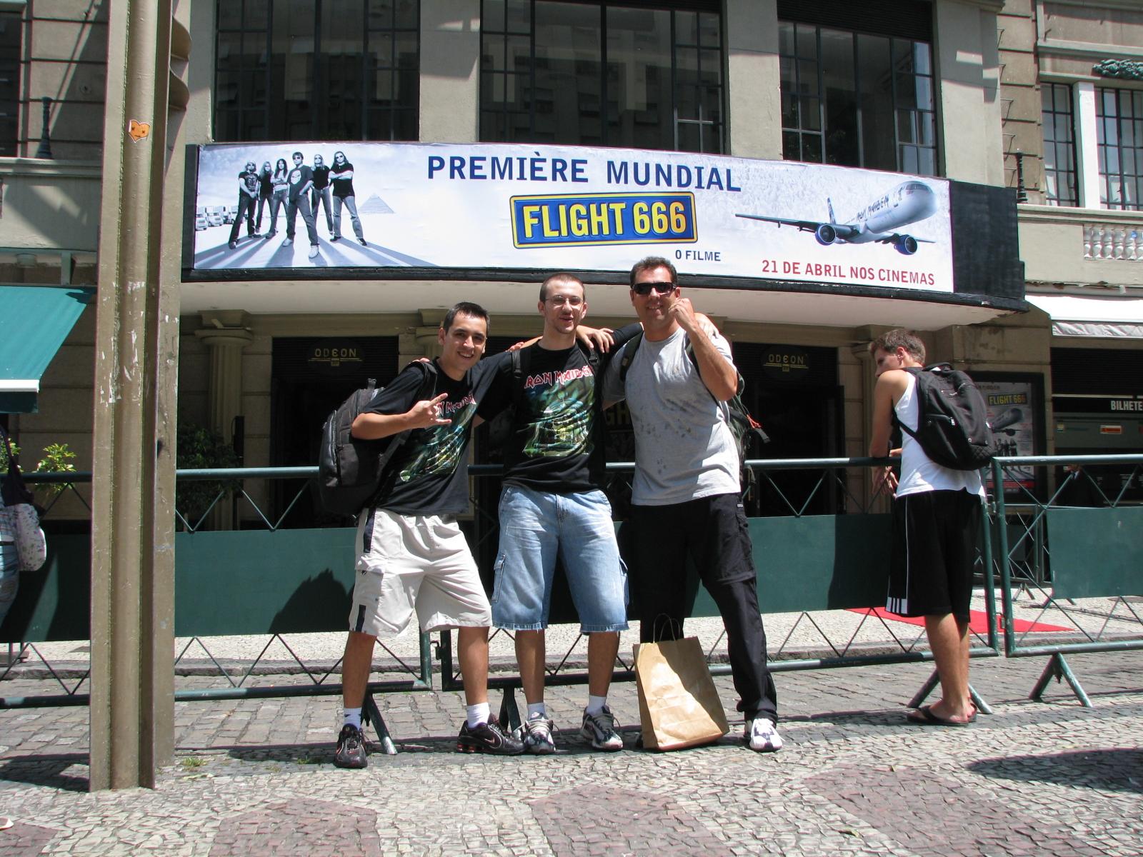Eu, Marcus Batera e... o Personagem... 16/março/2009, RJ, Cine Odeon