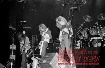Linha de frente: Burton, Hetfield e Mustaine