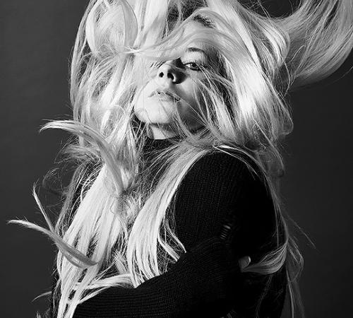 Saiu Head Above Water! Novo Disco de Avril Lavigne