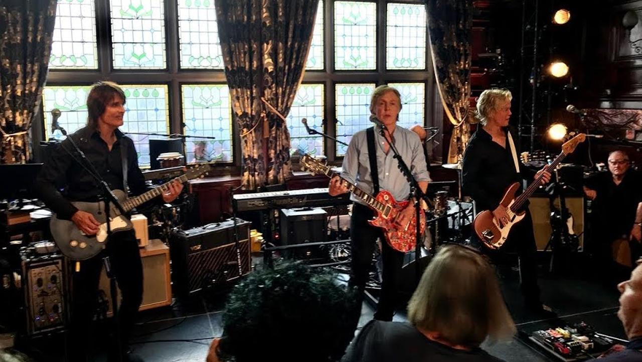 """Você já conhece o """"Bar dos Beatles""""? Agora ele virou patrimônio histórico!"""