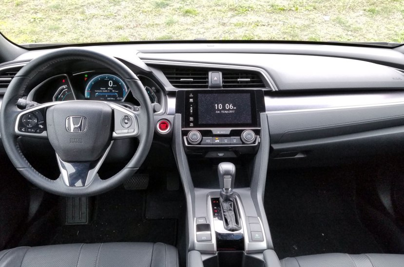 Honda Civic Turbo Interior