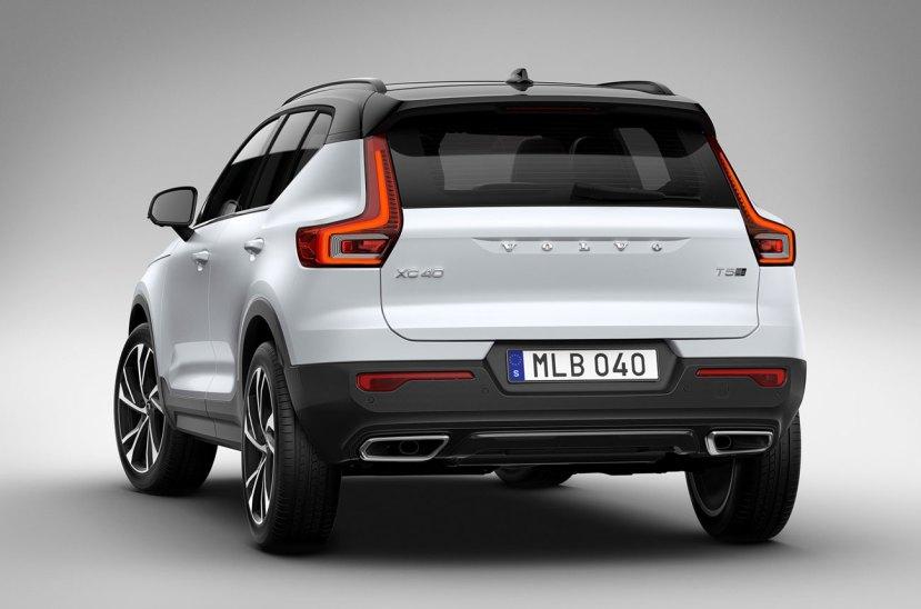 Volvo-XC40-2209017-05