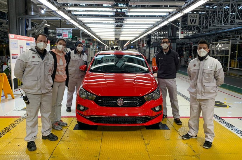 Fiat Cronos 100 mil