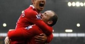 Rooney Chicarito MU-vs-chelsea
