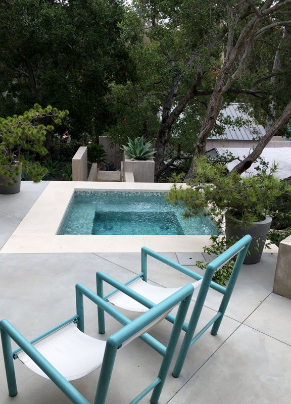 Working with a Custom Pool Builder for a One-of-a-Kind Design
