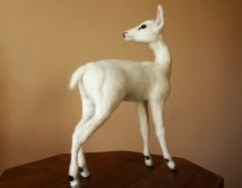elegance deer sculpture by minzoo