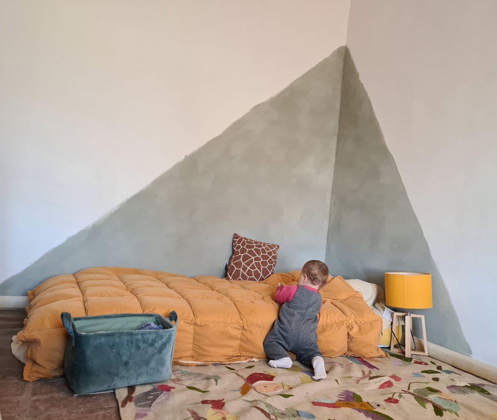 In fondo basta armarsi di pittura, rulli e nastro adesivo per. Decora Una Parete Con La Nuova Pittura Lime Paint Mio Mio