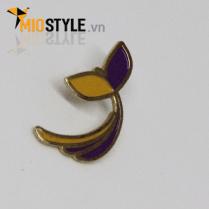 cơ sở sản xuất huy hiệu đồng kim loại pin cài áo đẹp ở tp.hcm bông hoa chiếc lá hoạt hình anime