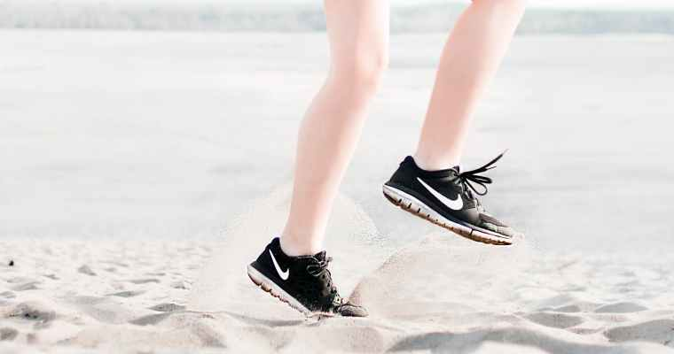 How to Choose Running Shoes for Plantar Fasciitis – A Guideline for Runners