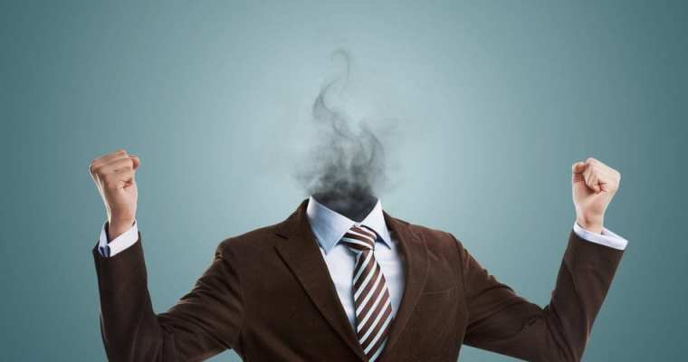 Feeling Constantly Stressed, Exhausted and Overwhelmed? 3 Warning Signs of Mental Burnout and How to Avoid Them