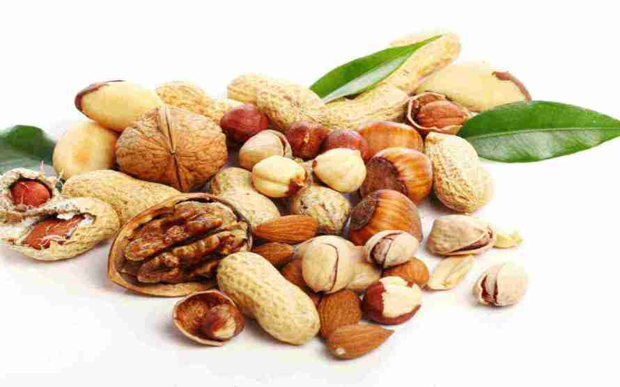 walnuts-hazelnuts-almonds-pistachios-peanuts