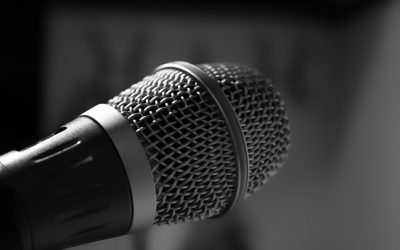 microphone-482250_1280