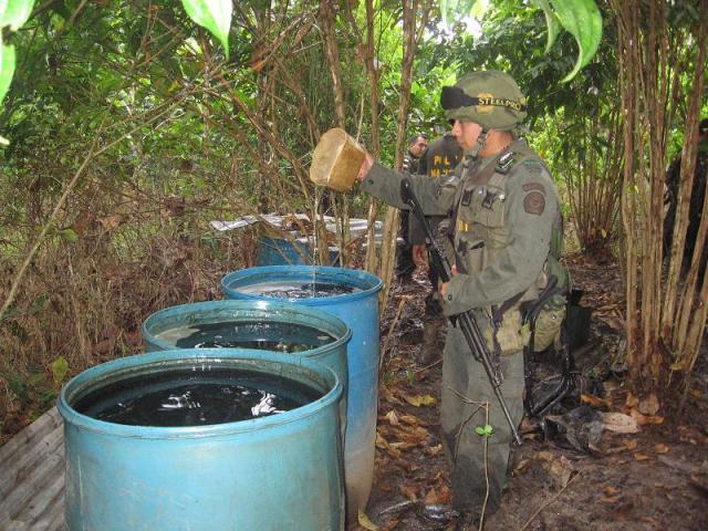Destruida refinería ilegal al servicio del narcotráfico de las FARC.