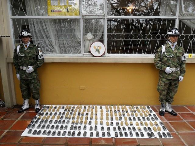Ejército desmantelo caleta con 195 minas anti-persona y un laboratorio de coca.