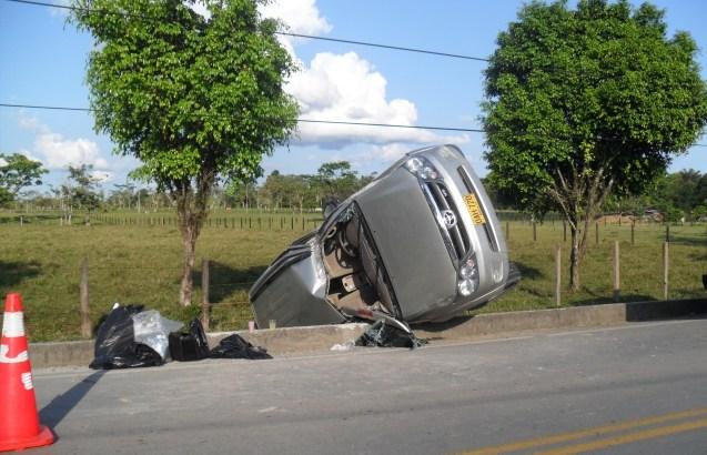 Candidato resultó ileso en accidente.