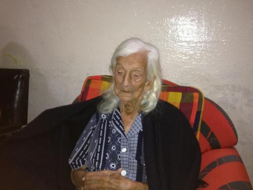 Mercedes Castro de Zambrano (QEPD)