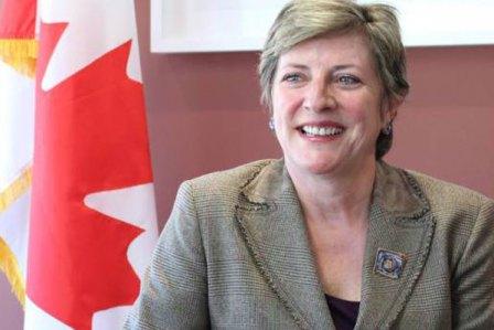 La-embajadora-de-Canada-Carmen-Sylvain-tomadaelcolomb
