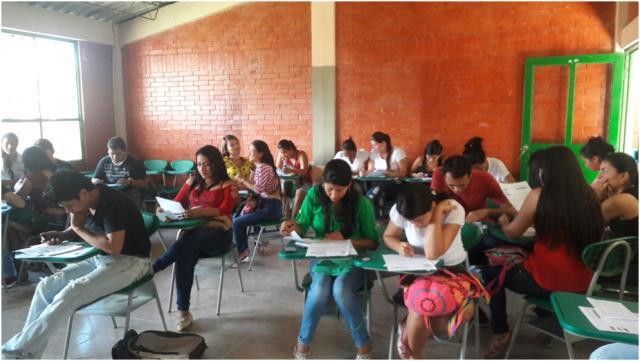 Estudiantes de IX Semestre de Ingeniería Ambiental del ITP en simulacro - Pruebas Saber Pro.