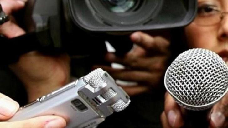 periodistas-prensa_r0