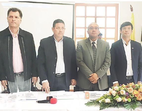 En el tercer encuentro binacional estuvieron los prefectos Pablo Jurado, Guido Vargas y Guillermo Herrera junto al gobernador de Nariño Camilo Romero