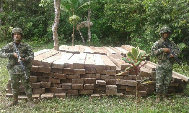 Armada Nacional incautada madera en el Putumayo