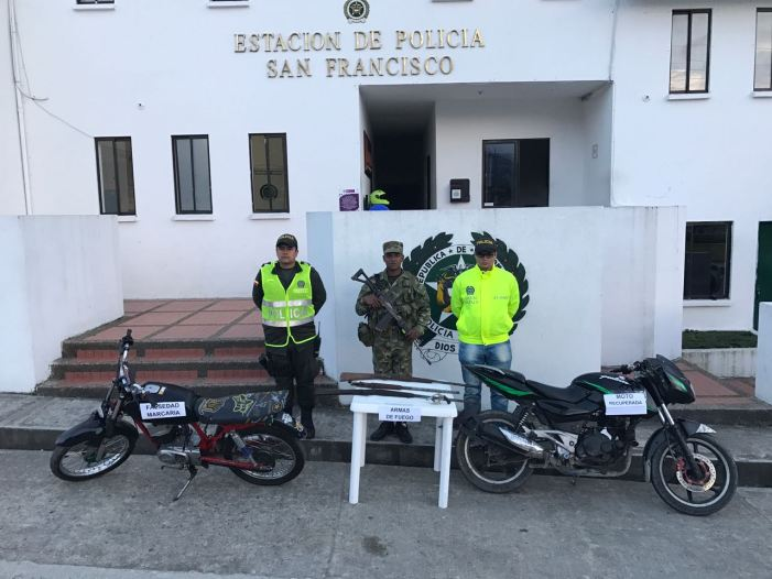 Recuperadas dos motos en toma de localidades indígenas en San Francisco