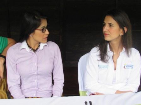 Sorrel Rroca - Gobernadora del Putumayo y la Ministra de Educación Janeth Giha