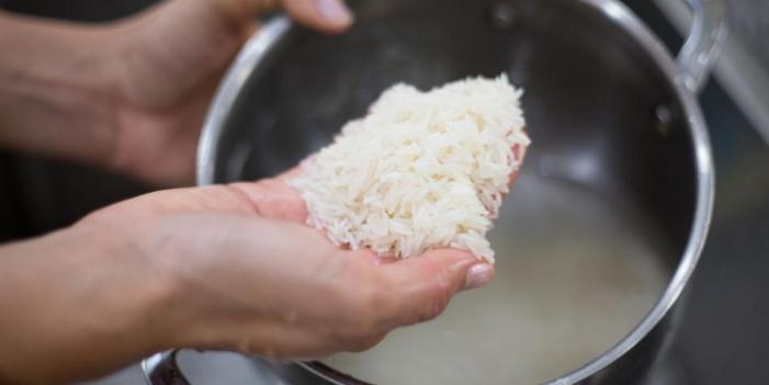 Los videos virales del arroz con plástico: ¿Ignorancia o mala fe?