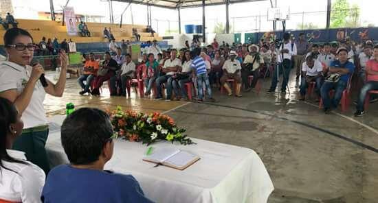 Gobernadora cumple a beneficiarios de Asambleas de Presupuesto Participativo