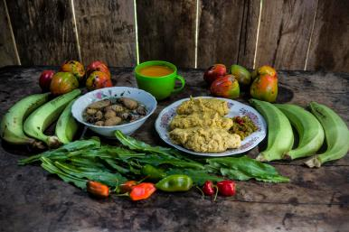 Ingredientes: Bala de plátano, chilango, Jugo de chontaduro, ají, gualpa (mojojoy)