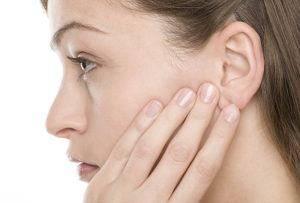Шум в ушах и в голове: звон, свист, гул, писк, причины и ...