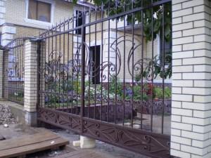 Ворота в Алматы (для примера №7)