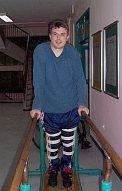 Knee braces and walking in paralel bars in Fojnica, Bosnia & Herz.
