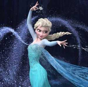 Elsa congela lo que toca. Ha aprendido a congelarse a sí misma.
